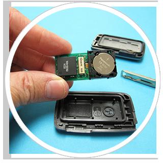 Schimbare baterii pentru telecomenzi auto